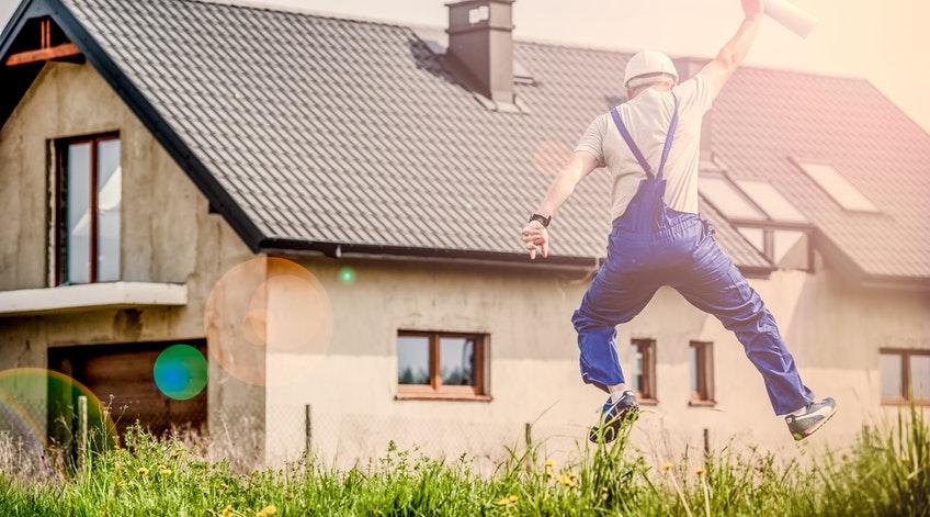 Zakup mieszkania do remontu? O czym pamiętać przy inwestycji?