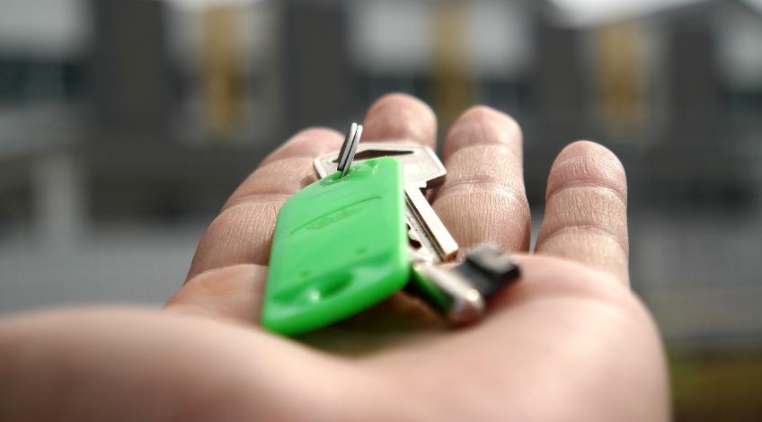 Zarządzanie najmem – czy warto oddać nasze mieszkanie w ręce profesjonalistów?